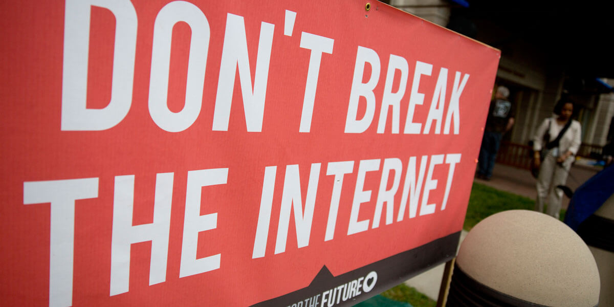 rompiendo internet