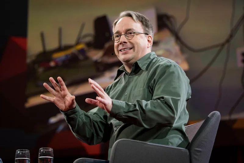Linux Torvalds se retira temporalmente del desarrollo del Kernel de Linux